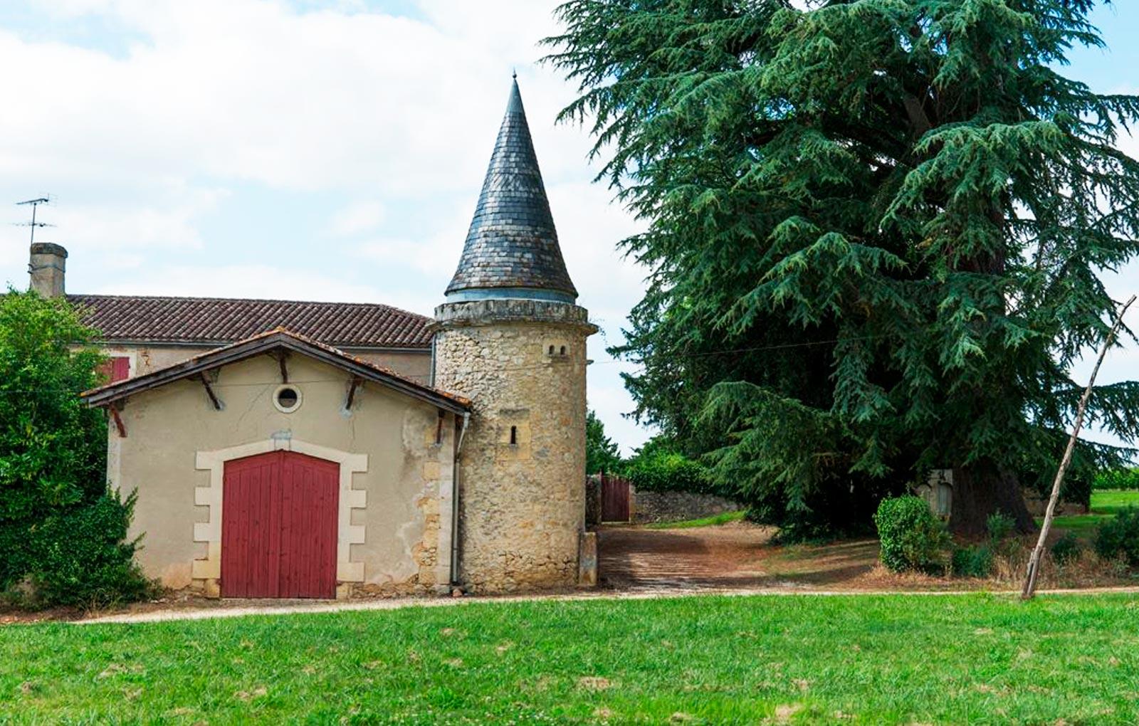 bordeaux chateaux, vignobles bordeaux, medeville collection